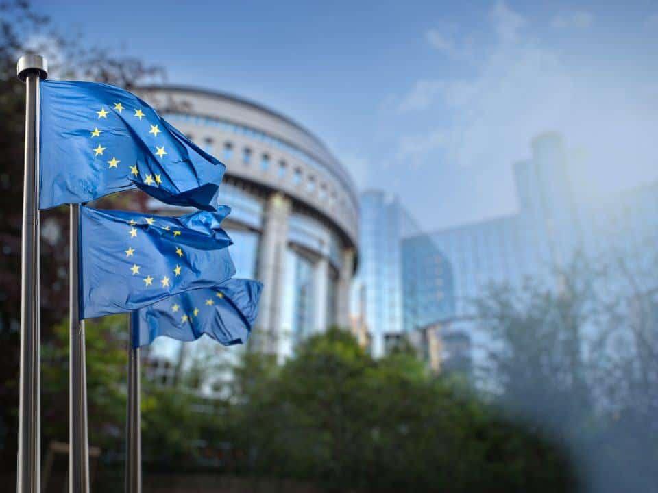 EU flag ude foran EU kontor